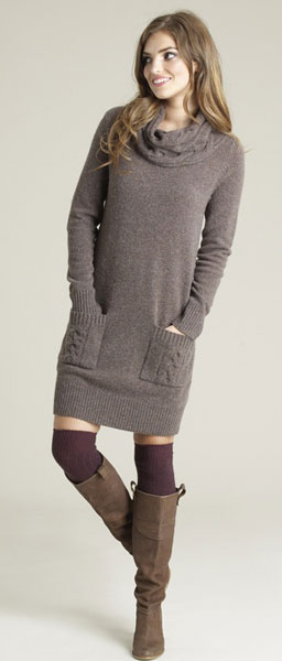 Шерстяное платье для стройных