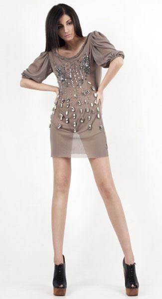 прозрачные платья в стиле nude