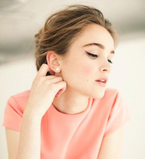 повседневный макияж к персиковому платью