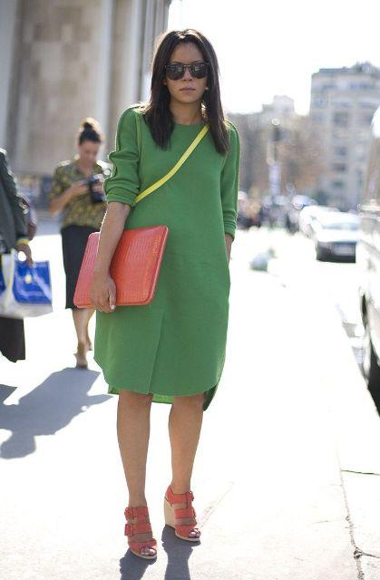 зеленое платье и желтый