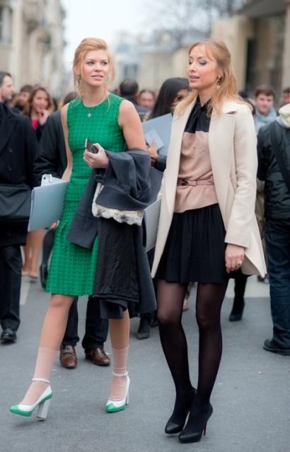 аксессуары к зеленому платью - какими они должны быть