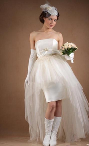 свадебное платье с сапогами фото