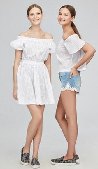 белое платье с денимом