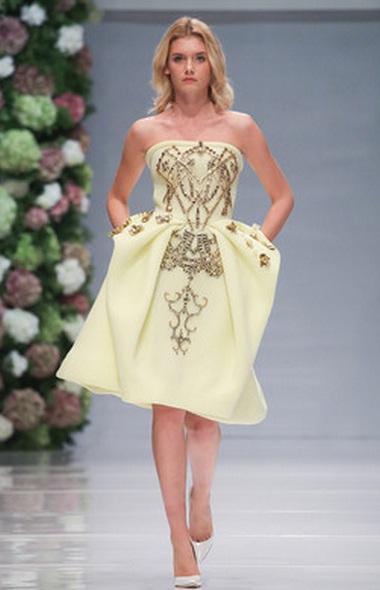 модное пастельное платье фото