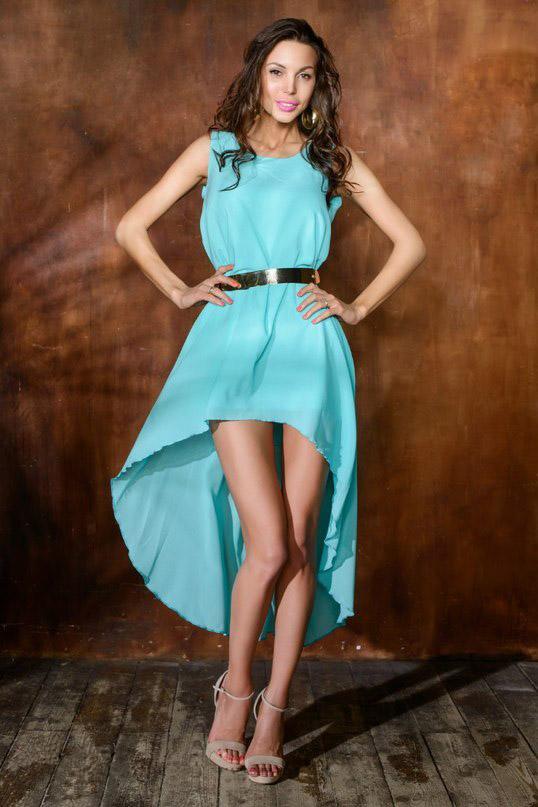 бирюзовое платье и босоножки