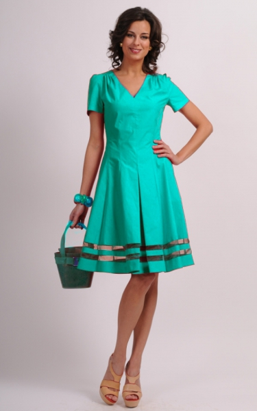 бирюзовое платье и туфли