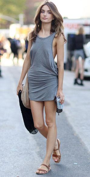 4b765722e62 С чем носить платье-майку  стильные идеи