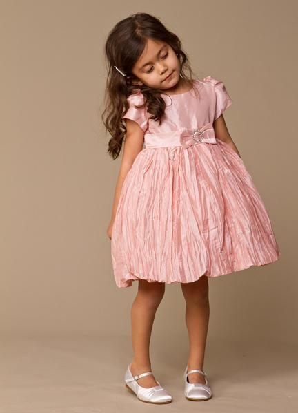 92f50564dac Платья для девочек 5 лет - тонкости выбора