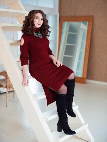 Украшение под бордовое платье 17